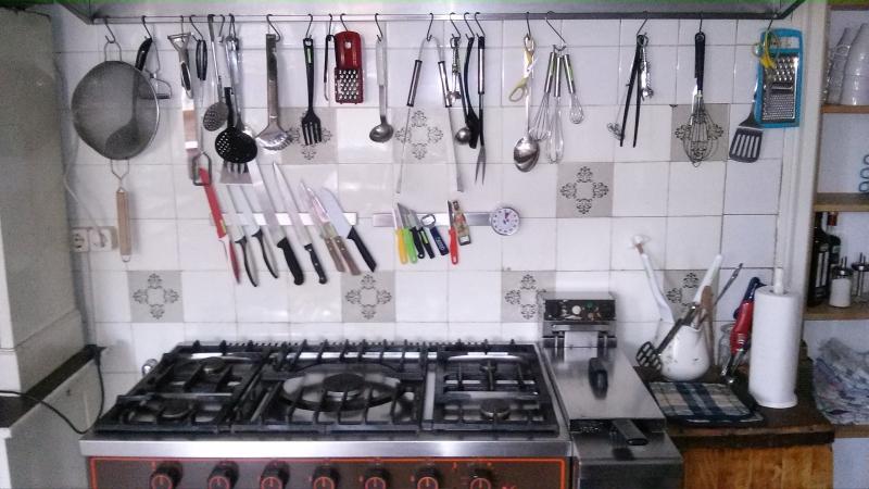 Selbst kochen in vintage küche hochzeitslocation