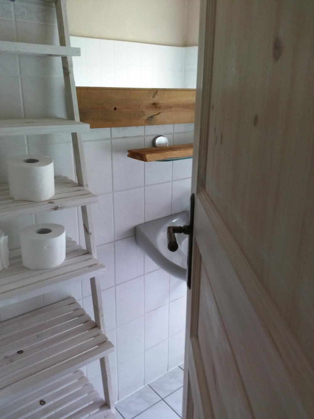 Seehaus Badezimmer Regal