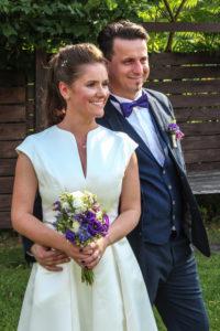 Im Innenhof der Hochzeitslocation