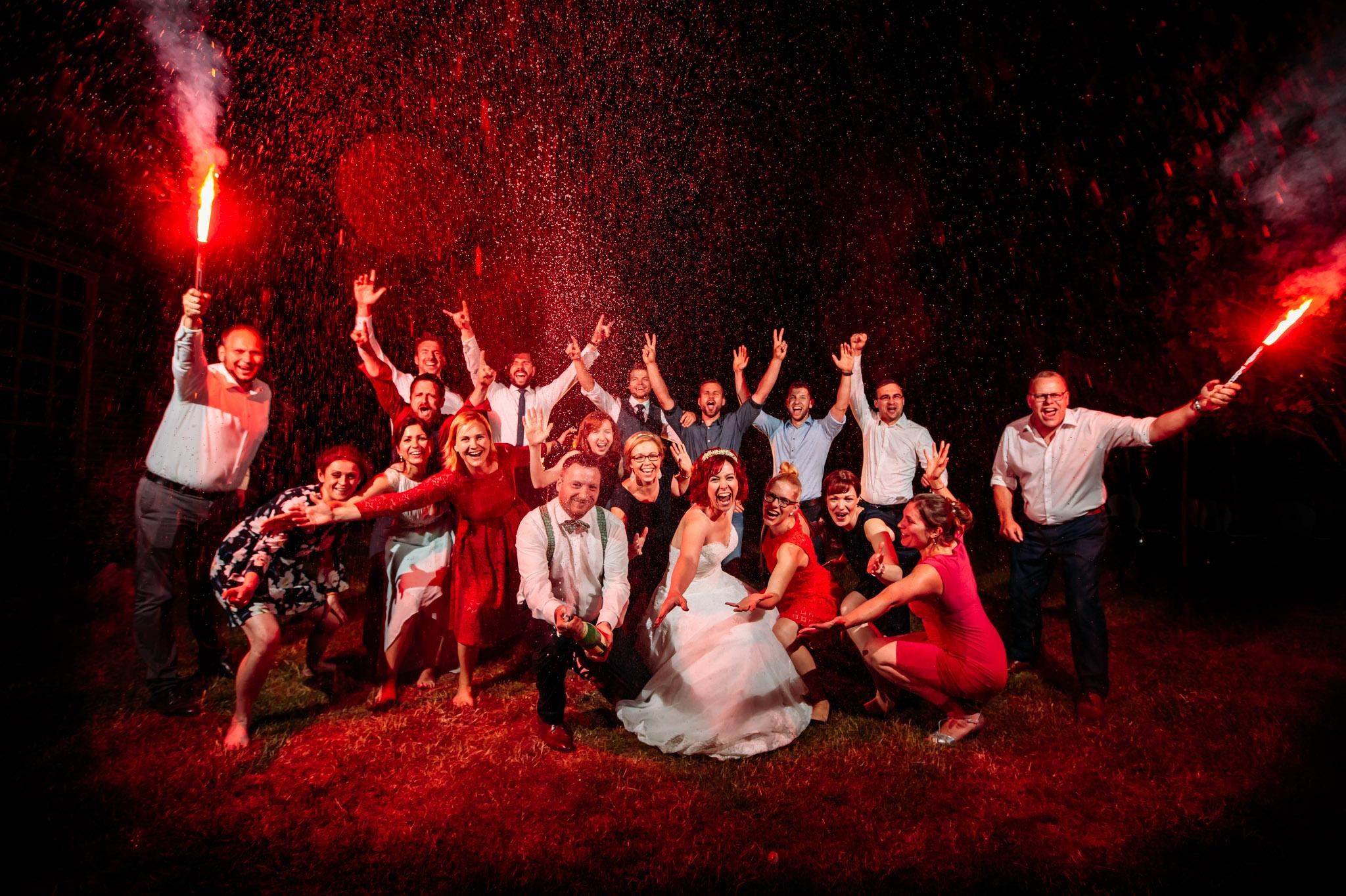 Hochzeitsfeier Gruppenbild